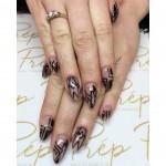 Black graffic nails